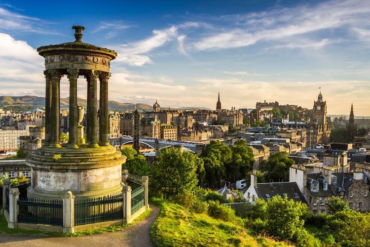 Edinburgh and the Military Tattoo (2021) | Ashley & Newey